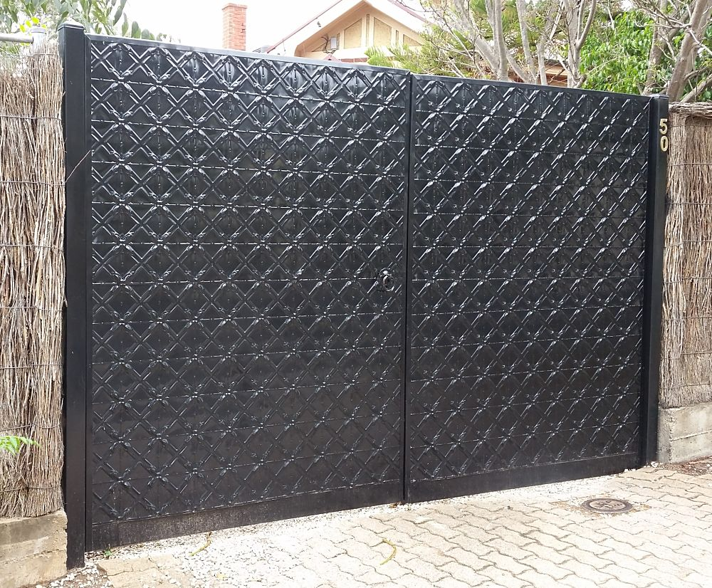 Lattice Design Gates